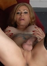 Hot transsexual mommy Jasmine Jewels teasing