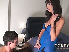 HUNG Shemale Mariana Cordoba having her shecock sucked by a man